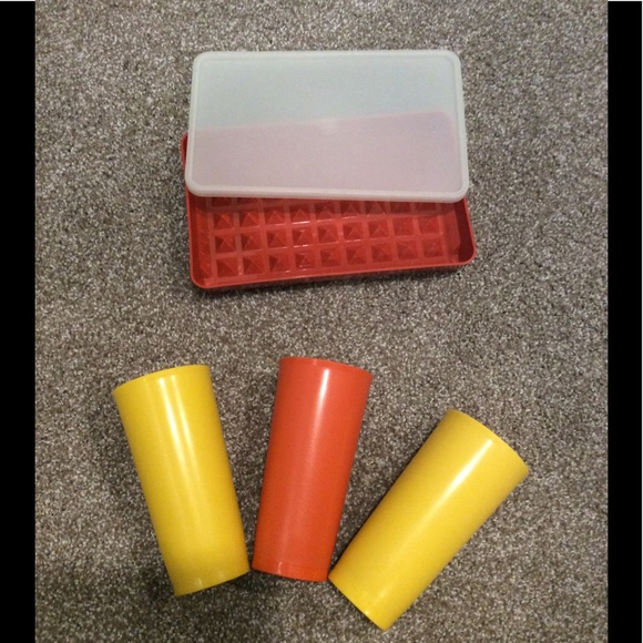 Tupperware Three Cups and Marinade Container & Lid
